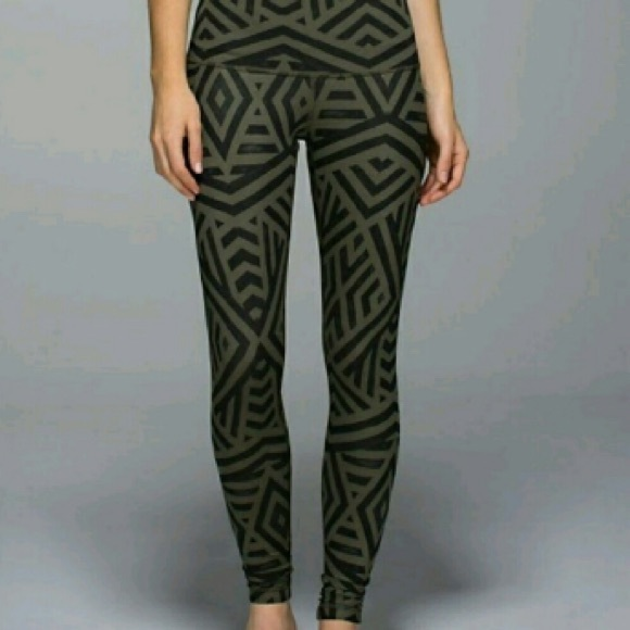 lululemon athletica Pants - Lululemon wonder Under olive Aztec tribal  leggings 122ffd34d340d